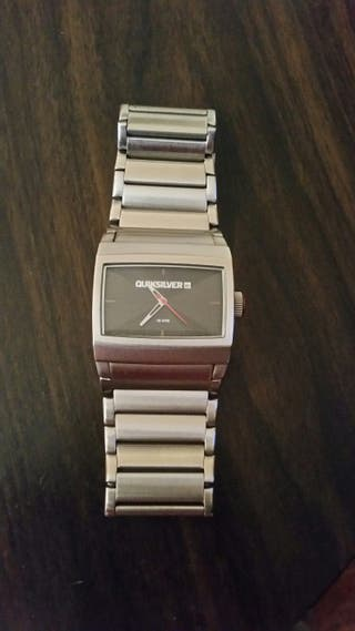 23a1ec27f7a7 Reloj Quicksilver de segunda mano en WALLAPOP