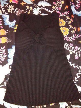 Camiseta chica negra con relleno. NUEVA!!!