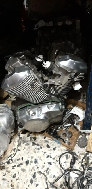 Motor Shadow 600