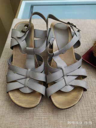 zapatos , sandalia numero 36