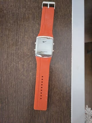 Reloj En Madrid Segunda Wallapop Mano De Led Provincia La Watch MqSUpVz