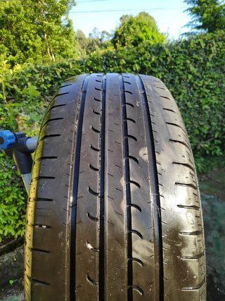 Neumático de Nissan Quasqai