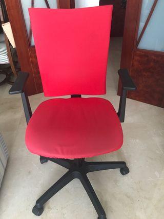 Silla de escritorio juvenil roja