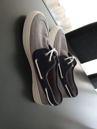 Zapatos de verano chico!!!