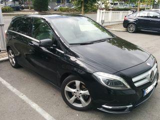 Mercedes B200 2014