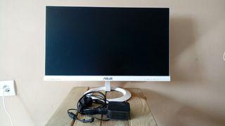 Monitor LED Asus Blanco 23'' en perfecto estado