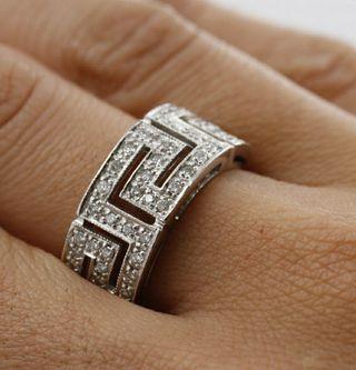 c4b5f1e5ba18 Anillo de brillantes diamantes de segunda mano en WALLAPOP