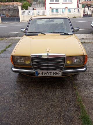 Mercedes-Benz 300d w 123 1980