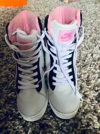 Nike stiletto hi top ankle boots size 3