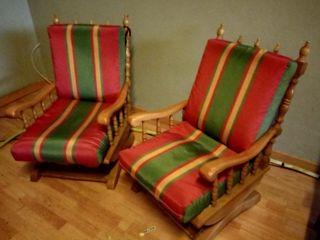 2 mecedoras de madera vintage