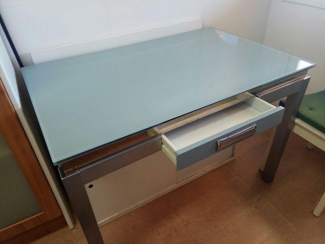 Mesa cocina extensible de segunda mano por 50 € en Zaragoza ...