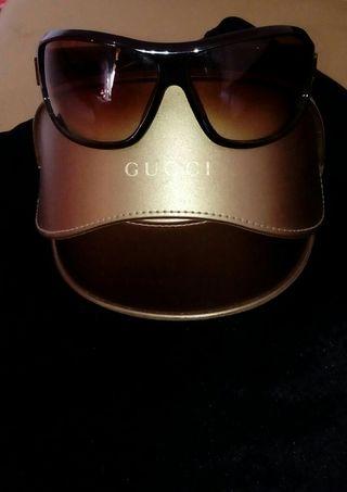 da1eea58a4 Gafas Gucci mujer de segunda mano en WALLAPOP