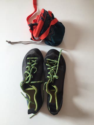 Climbing pack: shoes + bag + magnesium