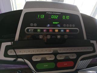 Máquina de correr y andar