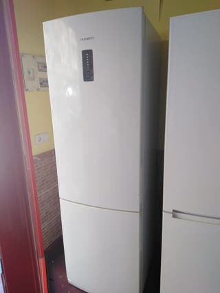 frigorífico daevoo 1,85 X 60 cm , no frost