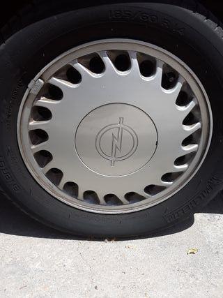 5 Llantas Opel kadett GSI origianles