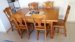 Mesa de comedor mas 6 sillas de pino macizo