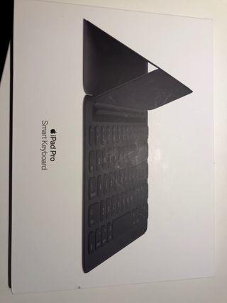 Apple iPad Pro 10.5 Smart Keyboard