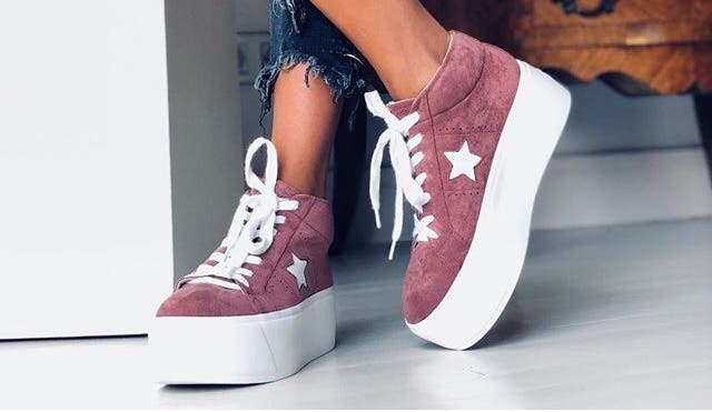Shoes with platform
