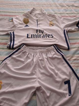 23451f9f Ropa deportiva Real Madrid de segunda mano en WALLAPOP