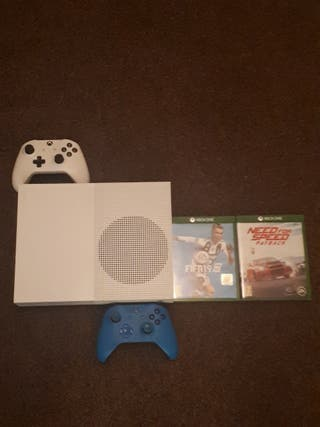 Xbox 1 S: Box included