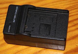 Cargadora por Batterias Nikon EN EL 10