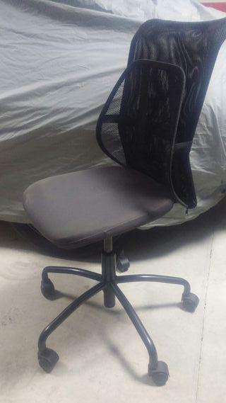 Silla de oficina Torbjorn de Ikea con apoyo lumbar