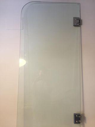 Mampara de cristal