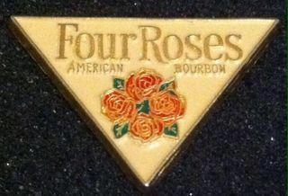 PIN FOUR ROSES AMERICAN BOURBON