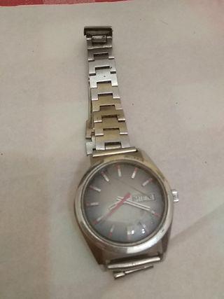 2468446fb36c Reloj de pulsera hombre de segunda mano en WALLAPOP