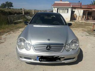 Mercedes C200 cdi sportcoupe año 2003
