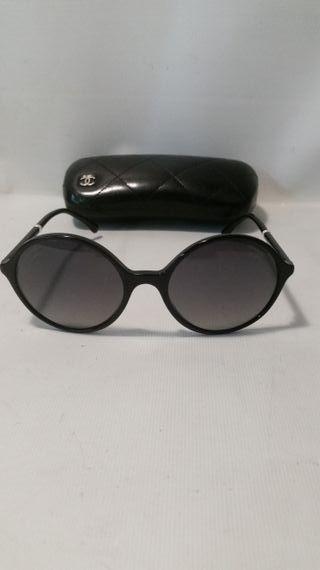 16ba4838e1 Gafas polarizadas mujer de segunda mano en Barcelona en WALLAPOP