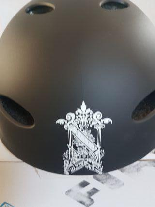 casco skate patinaje talla m