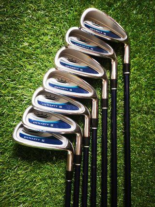 Juego de palos golf. Power Bilt. 5-sw.