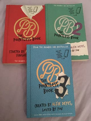 The pointless blog book set