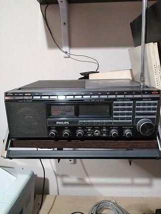 Radio Philips D2999