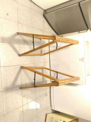 caballetes de madera para la mesa