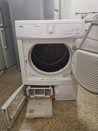 Secadora Zanussi 7kg Condensación