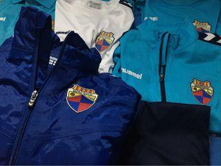 Pack de ropa CE MERCANTIL