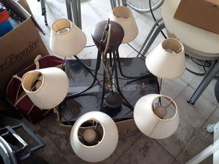 lámpara de forja y madera