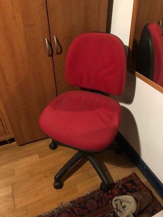En Oficina Bilbao Segunda Wallapop Sillas Mano De 3ARcq54jL