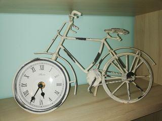 Reloj de decoración bicicleta vintage