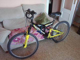 Bicicleta montaña + casco + 2 candados