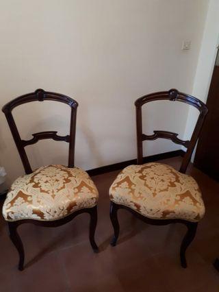 Conjunto de dos sillas