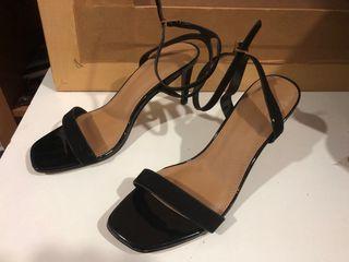 Zapatos de señora con tacón