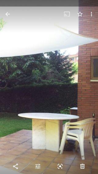 Mesa de marmol para jardín