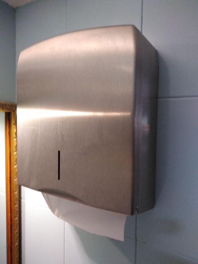Dispensador toallas papel para Aseos Bar