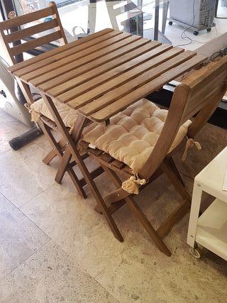 mesa y sillas de exterior,jardin etc....