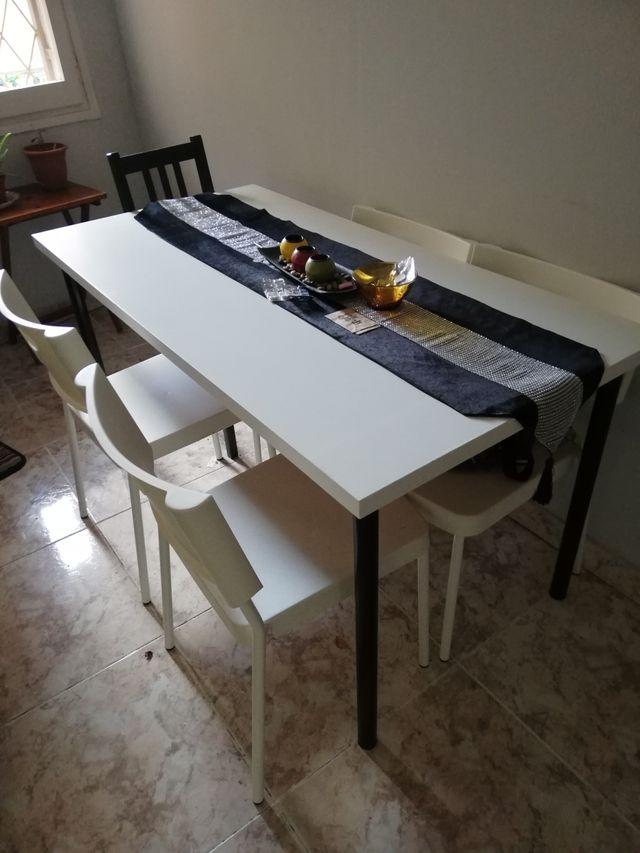 Juego comedor de ikea de segunda mano por 50 € en Barcelona en WALLAPOP