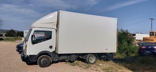 camión plataforma Nissan
